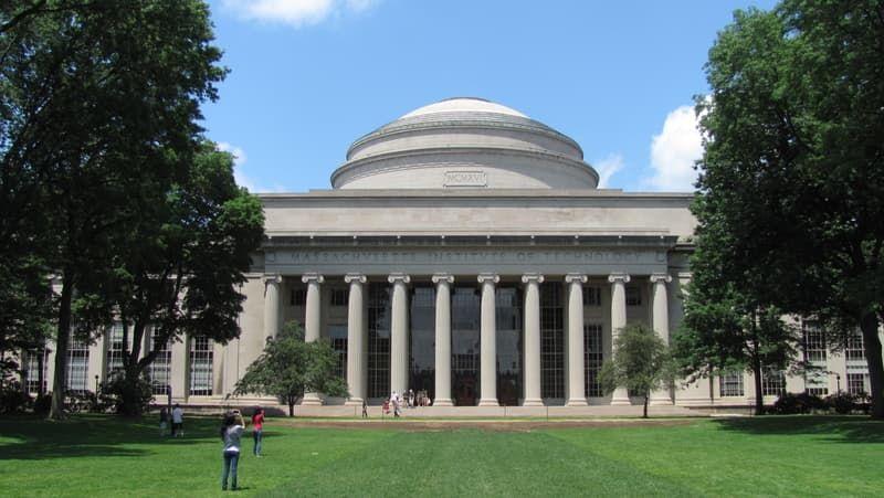 MIT the best non Ivy League schools