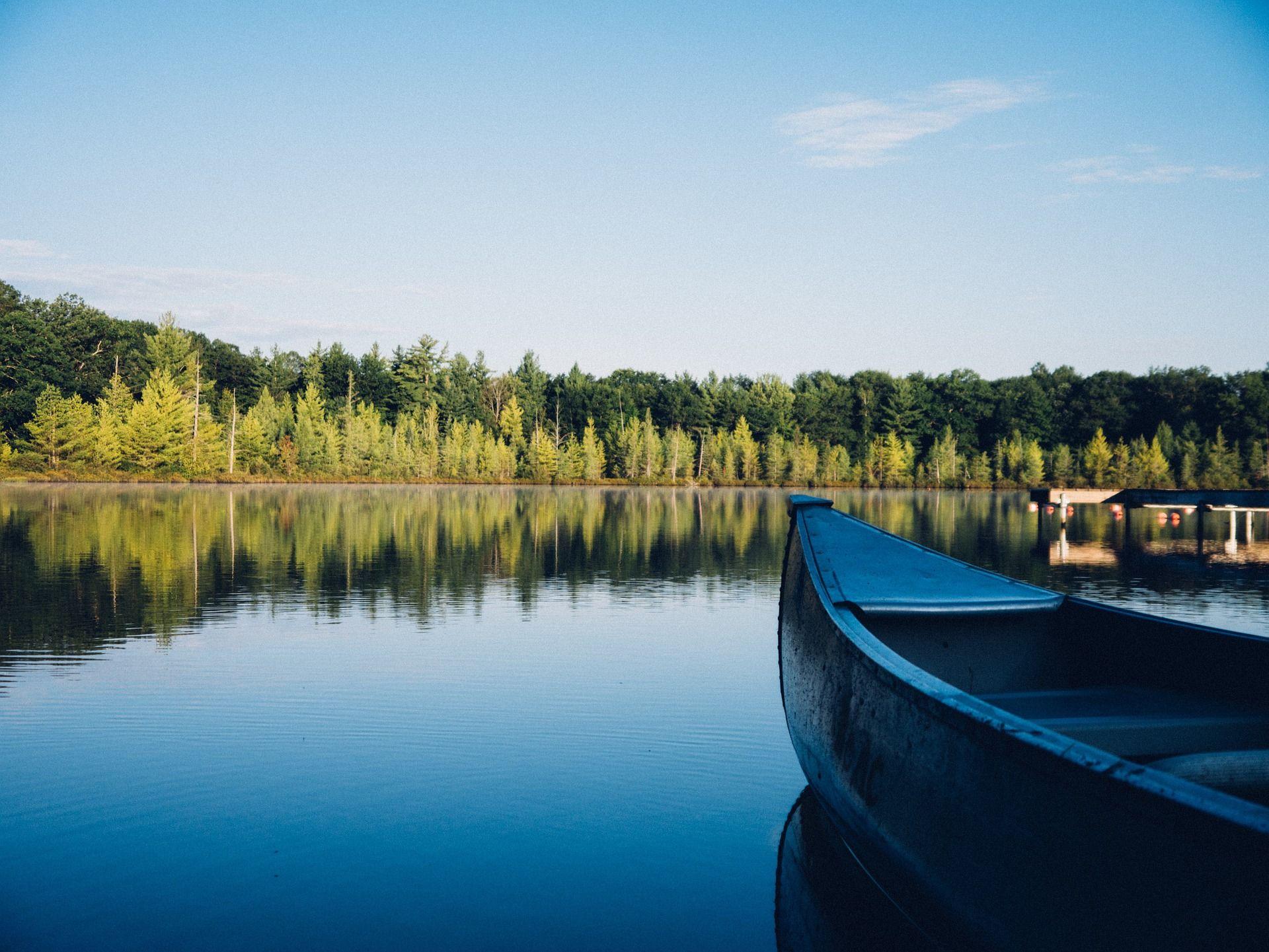 Kanotpaddling vid Åsunden