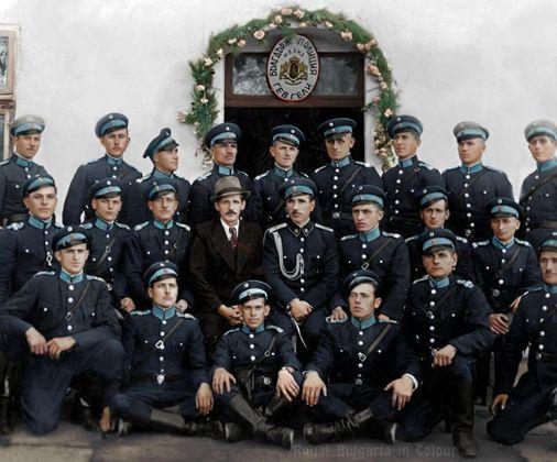 Български полицаи в град Гевгели - 40те.