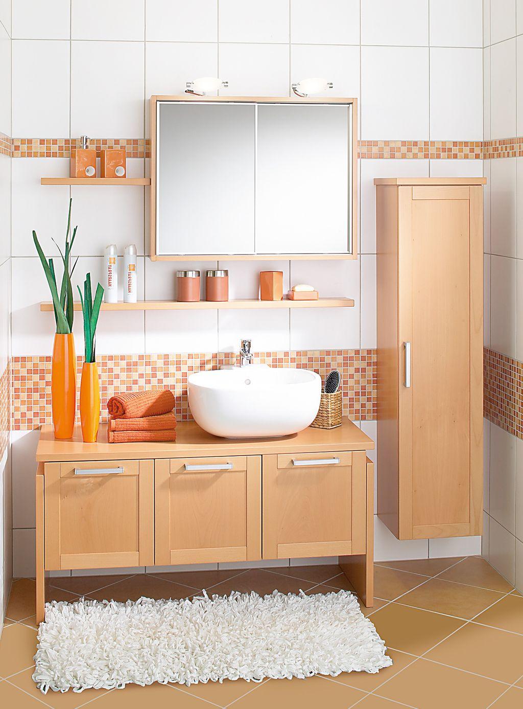 Einzelbad mit Spiegel-Schiebetürenschrank