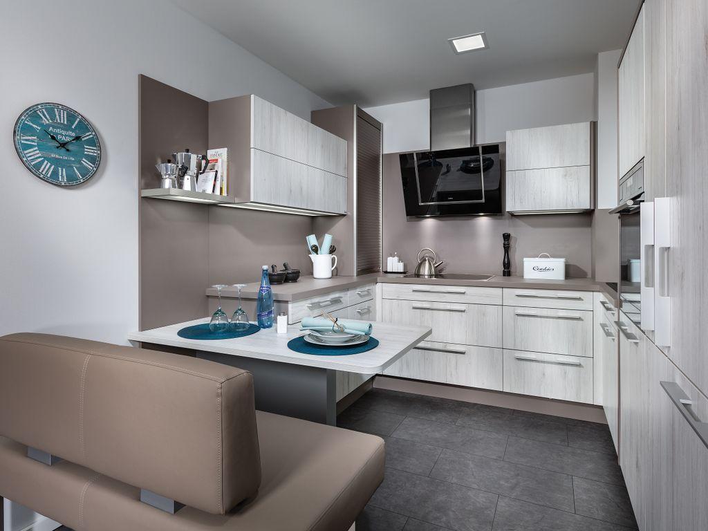 U-Küche mit Sitzplatz