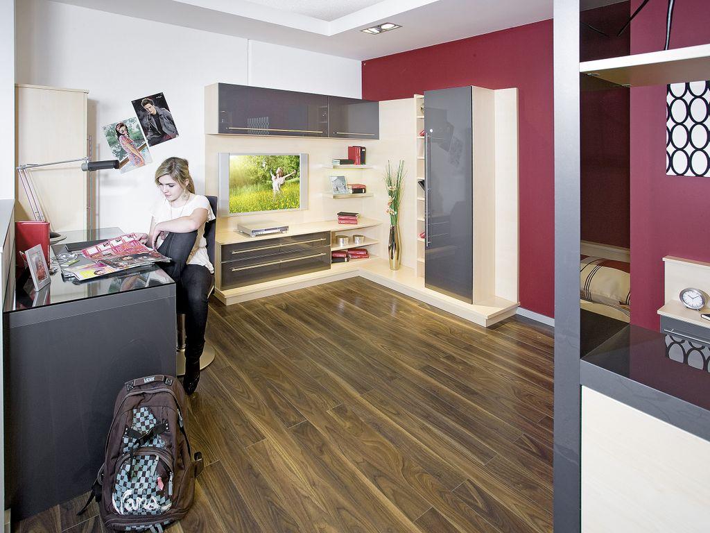 Jugendzimmer mit TV-Ecke