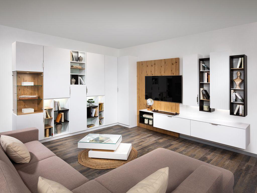 Wohnzimmer mit TV-Paneel