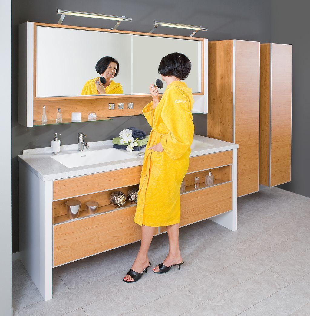 Doppelbad mit Corian-Waschtisch
