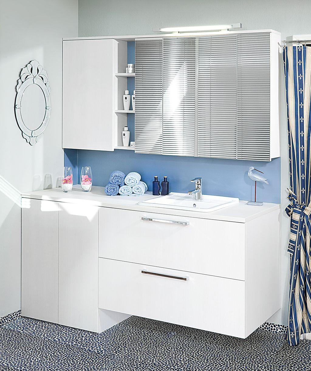 Einzelbad mit Waschmaschinenverbau