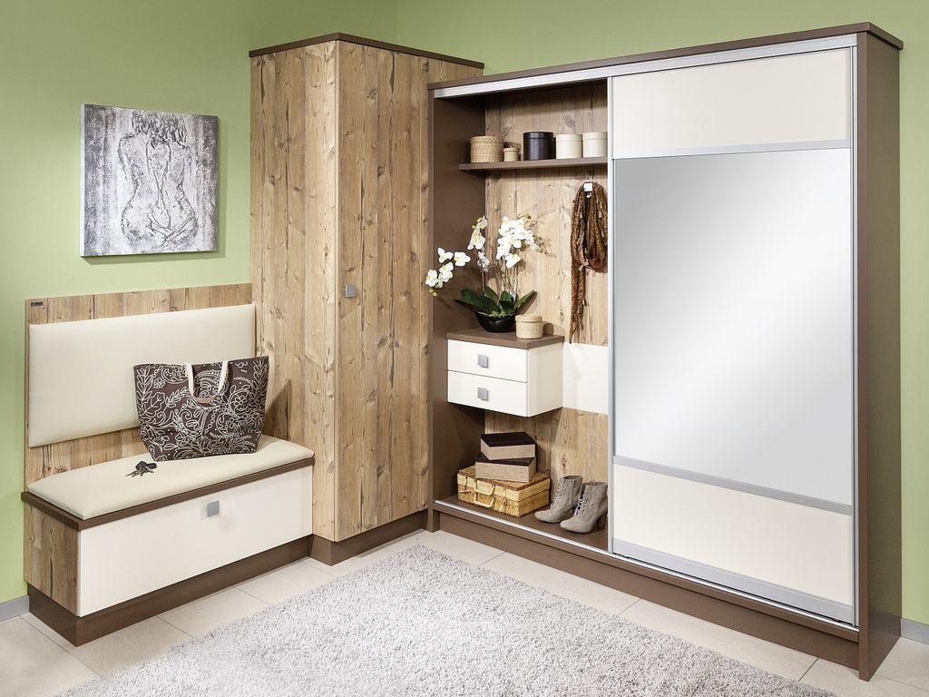 Vorzimmer mit Ecklösung und Schiebetür mit Spiegelfüllung
