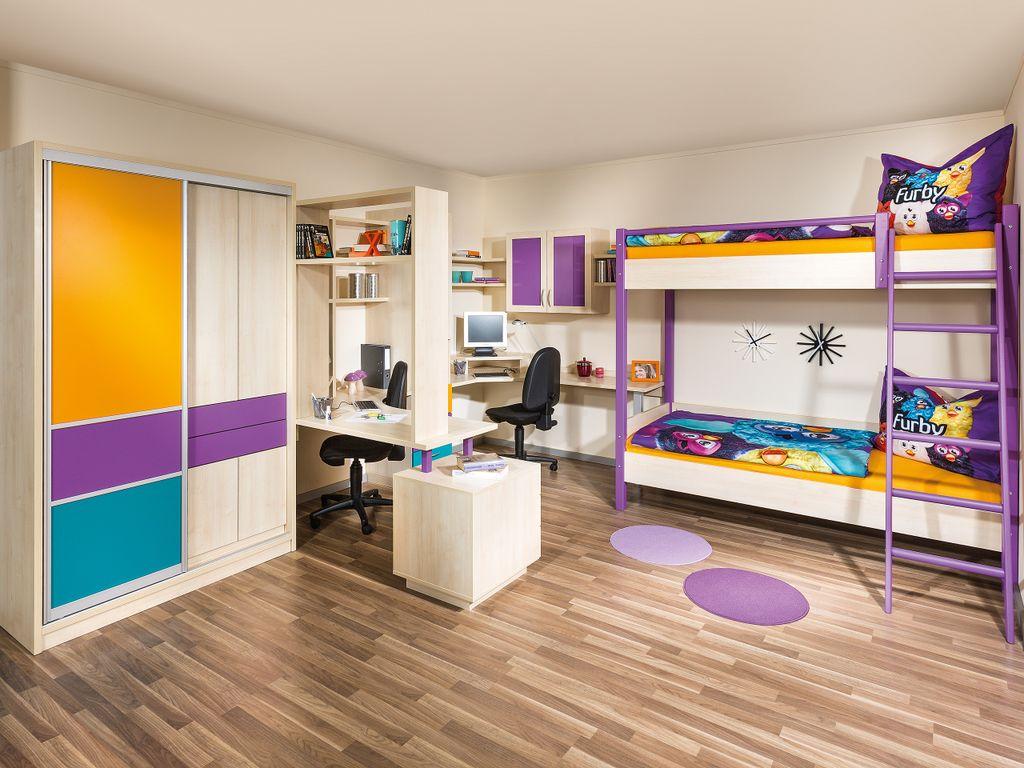 Kinderzimmer für 2 Kinder mit einem Stockbett und Schreibtischen