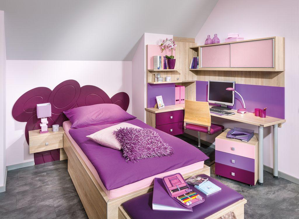 Jugendzimmer mit Schreibtisch