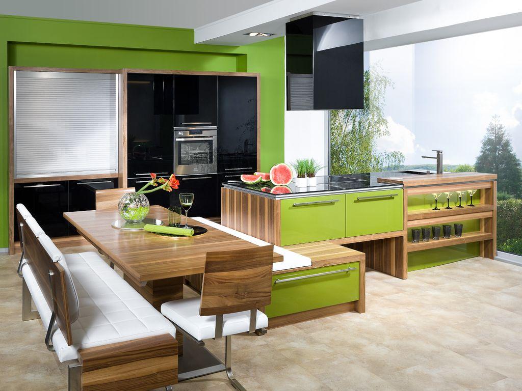 Kücheninsel mit integriertem Essplatz