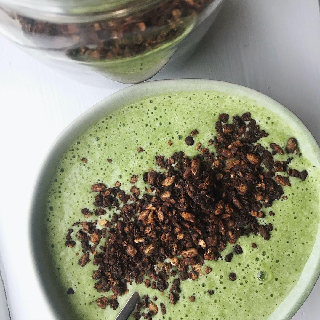 Chokolade granola med græskarkerner