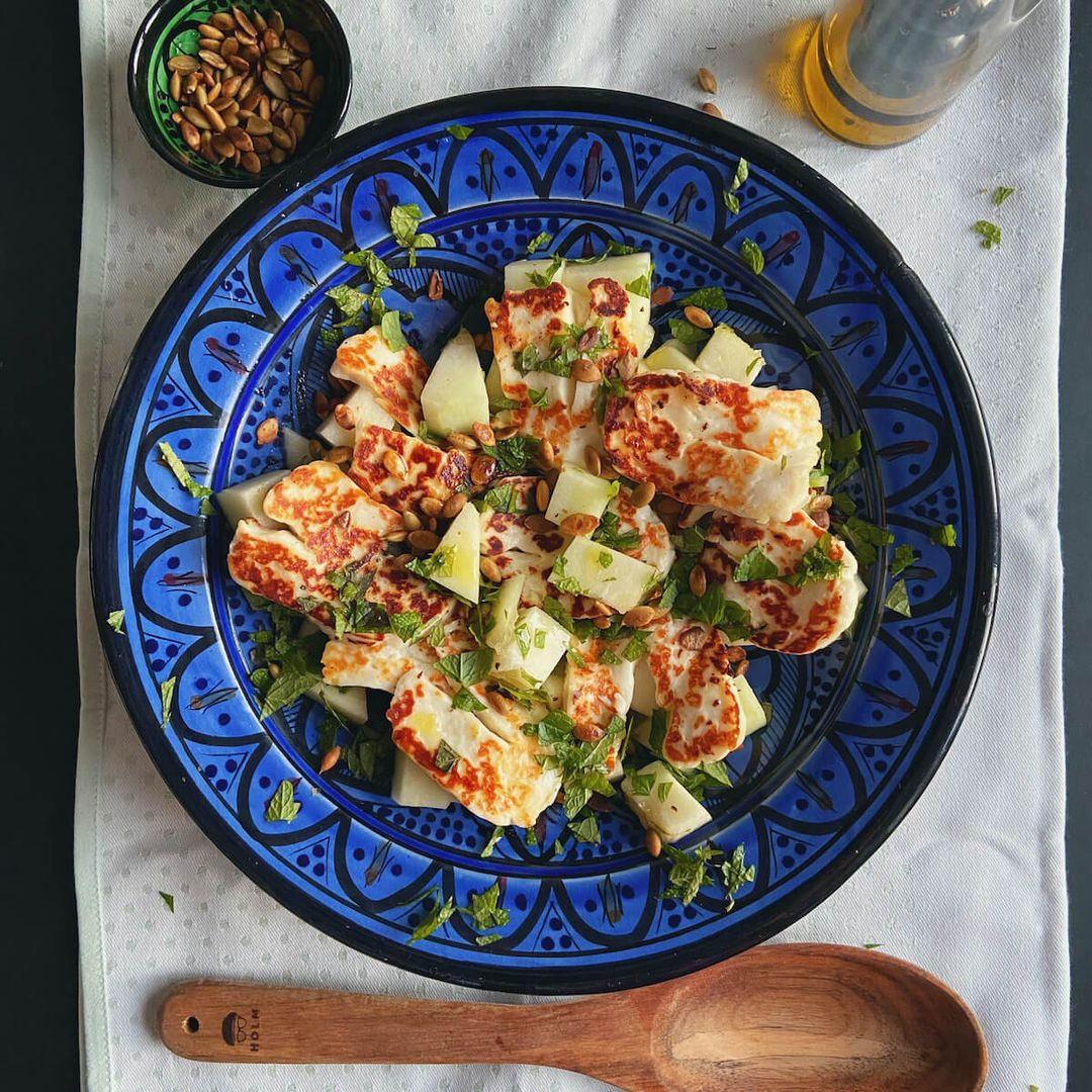 Salat med halloumi, melon og mynte