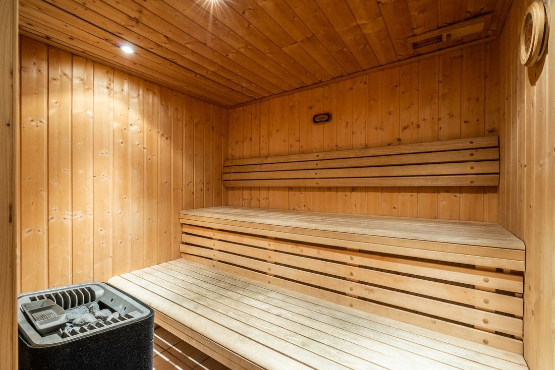Typical wooden sauna at Doux Abri chalet in Morzine