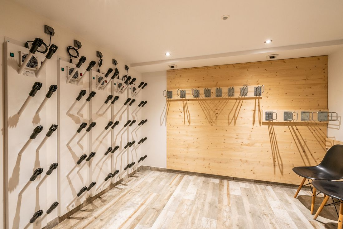 Ski room with shoes heater at Street view of Etoile accommodation in Morzine