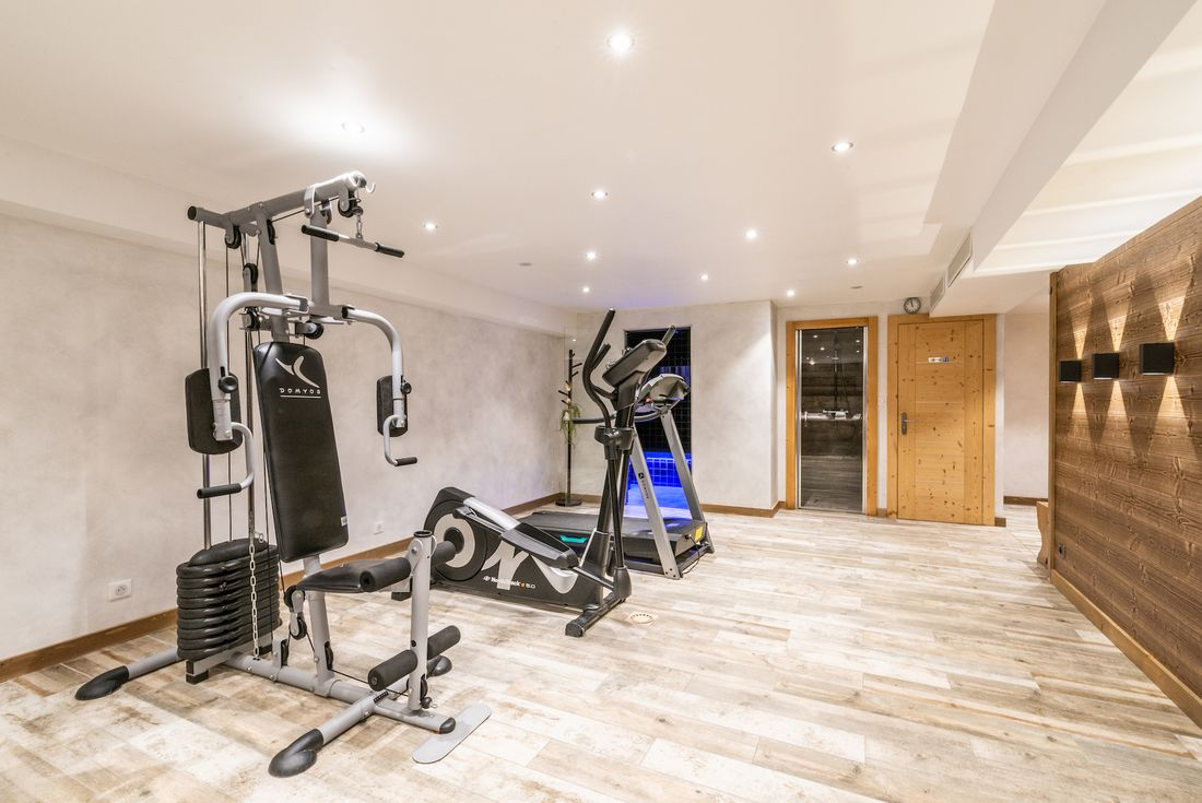 Gym area at Ourson accommodation in Morzine