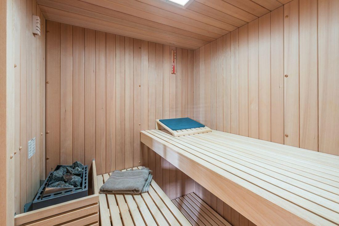 Private sauna at Omaroo II luxury chalet in Morzine
