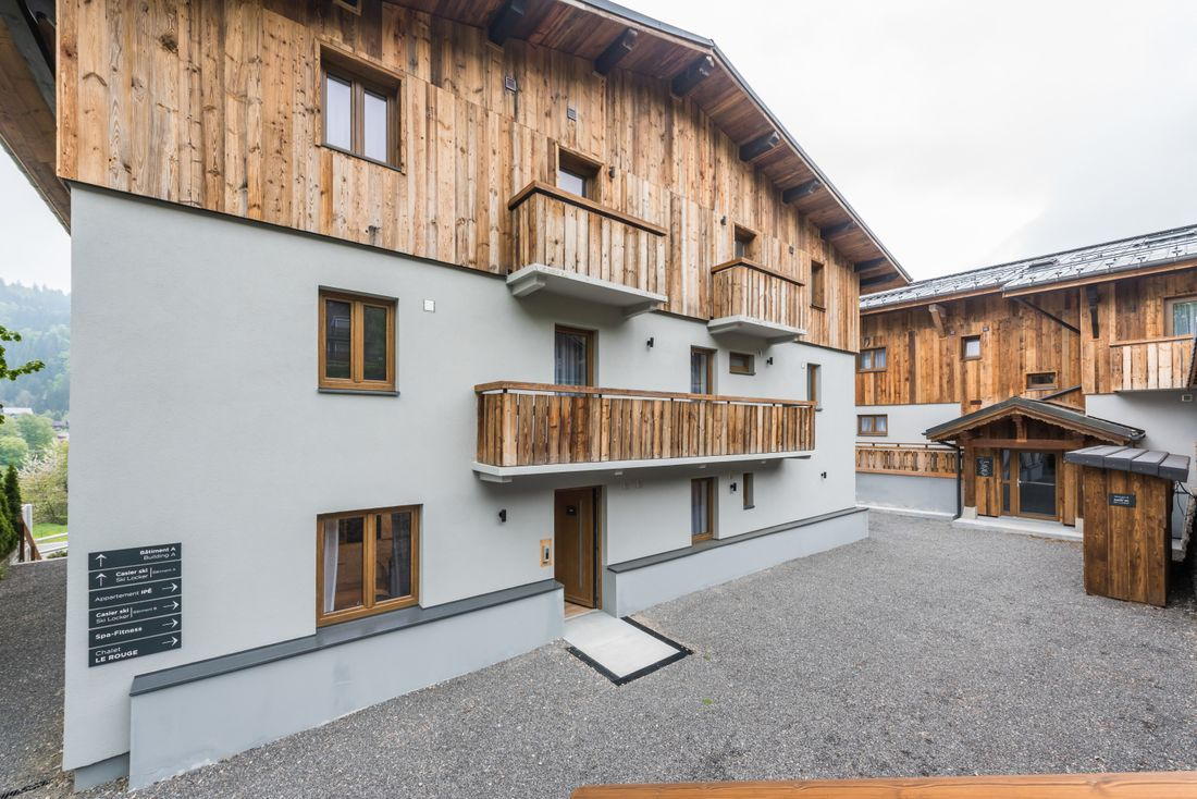 Main entrance of Ayan accommodation in Morzine