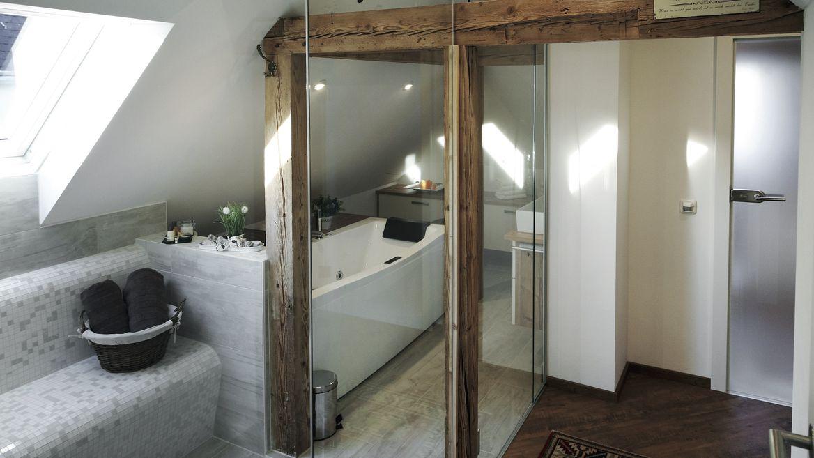Sauna im Dachgeschoss.