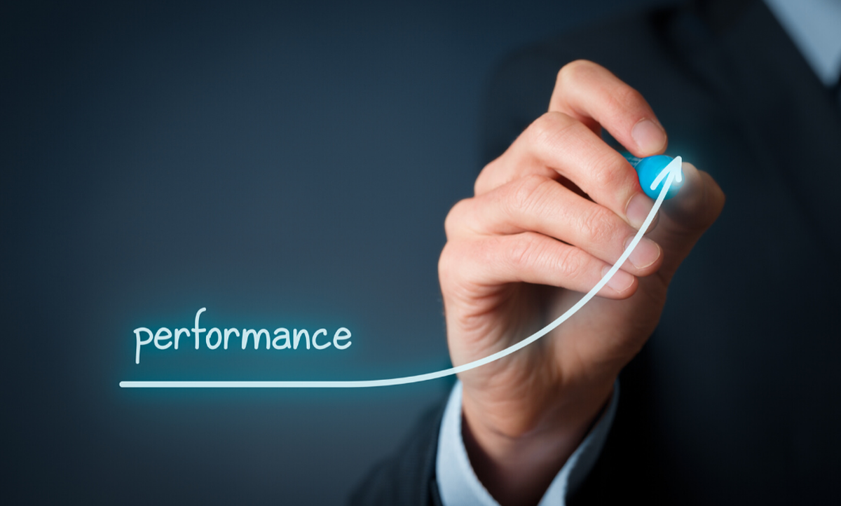 Performance of computerised sales points: evidence of efficiency and levelling gaps