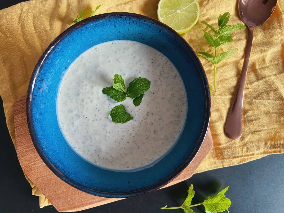 Dip med yoghurt og mynte