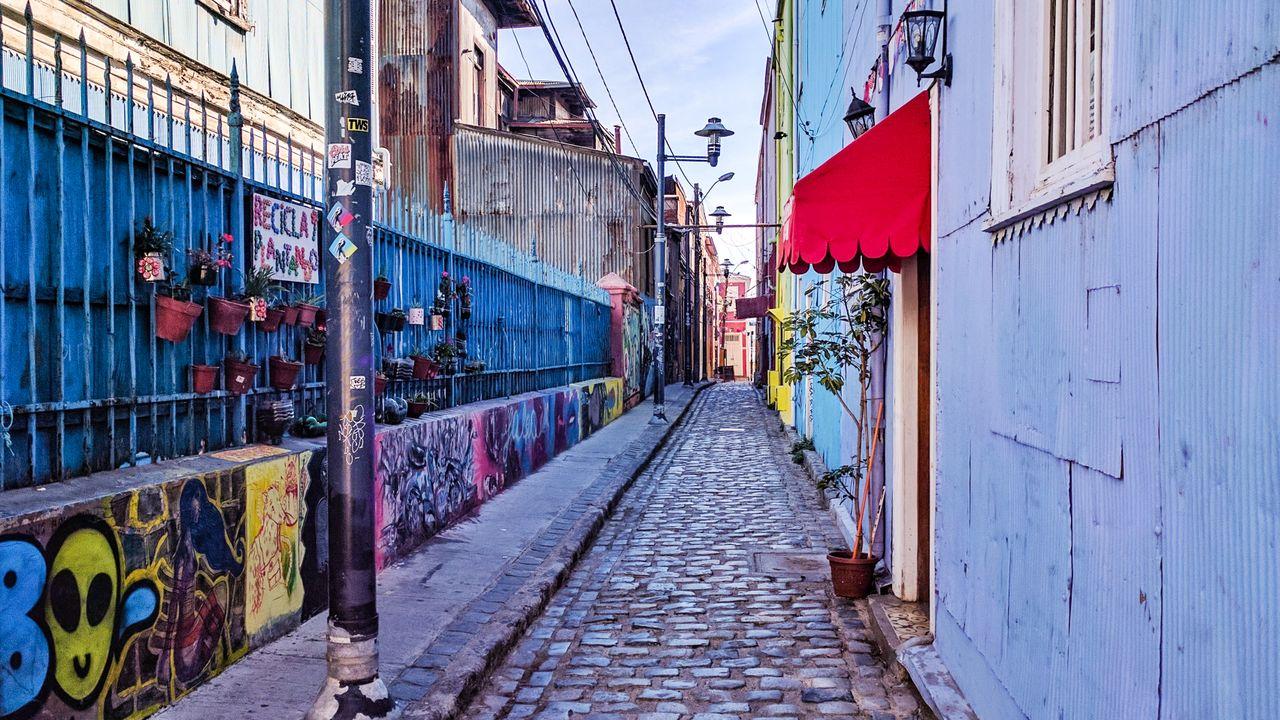 A colourful, narrow street in Valparaiso, Chile