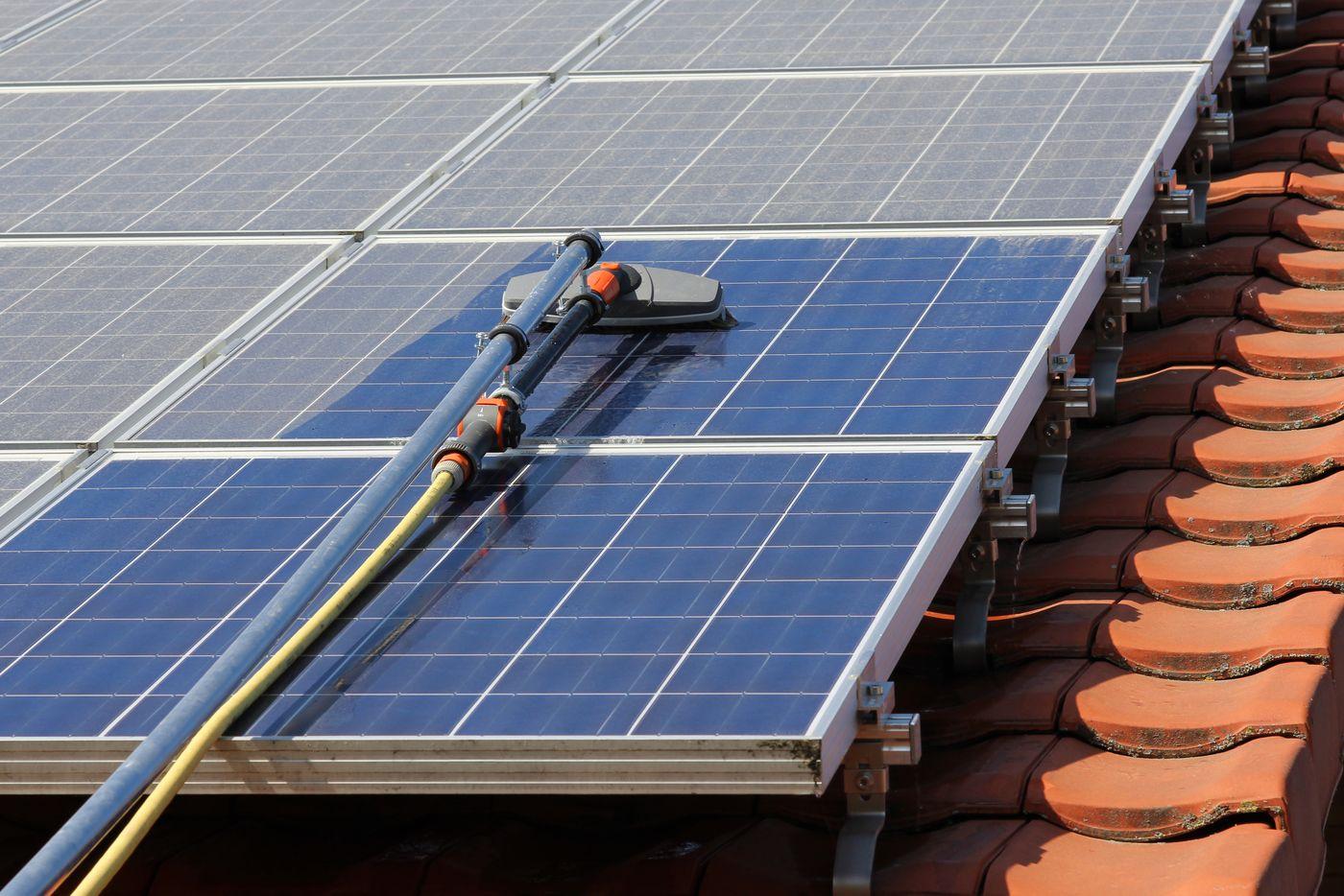 Solarpanel Reinigung
