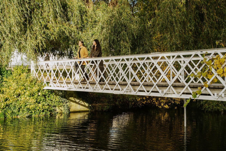 Broen over søen i Botanisk Have i København