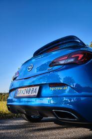 Opel Astra J OPC