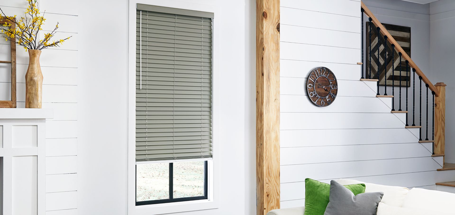 Add A Touch Of Glamor To Your Windows With The Right Valance