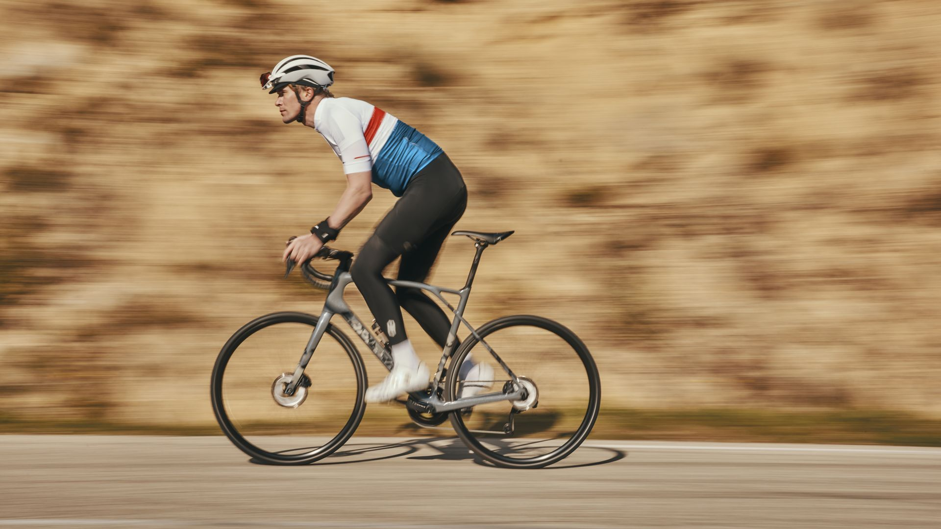 Pulsium SAT is a sporty bike