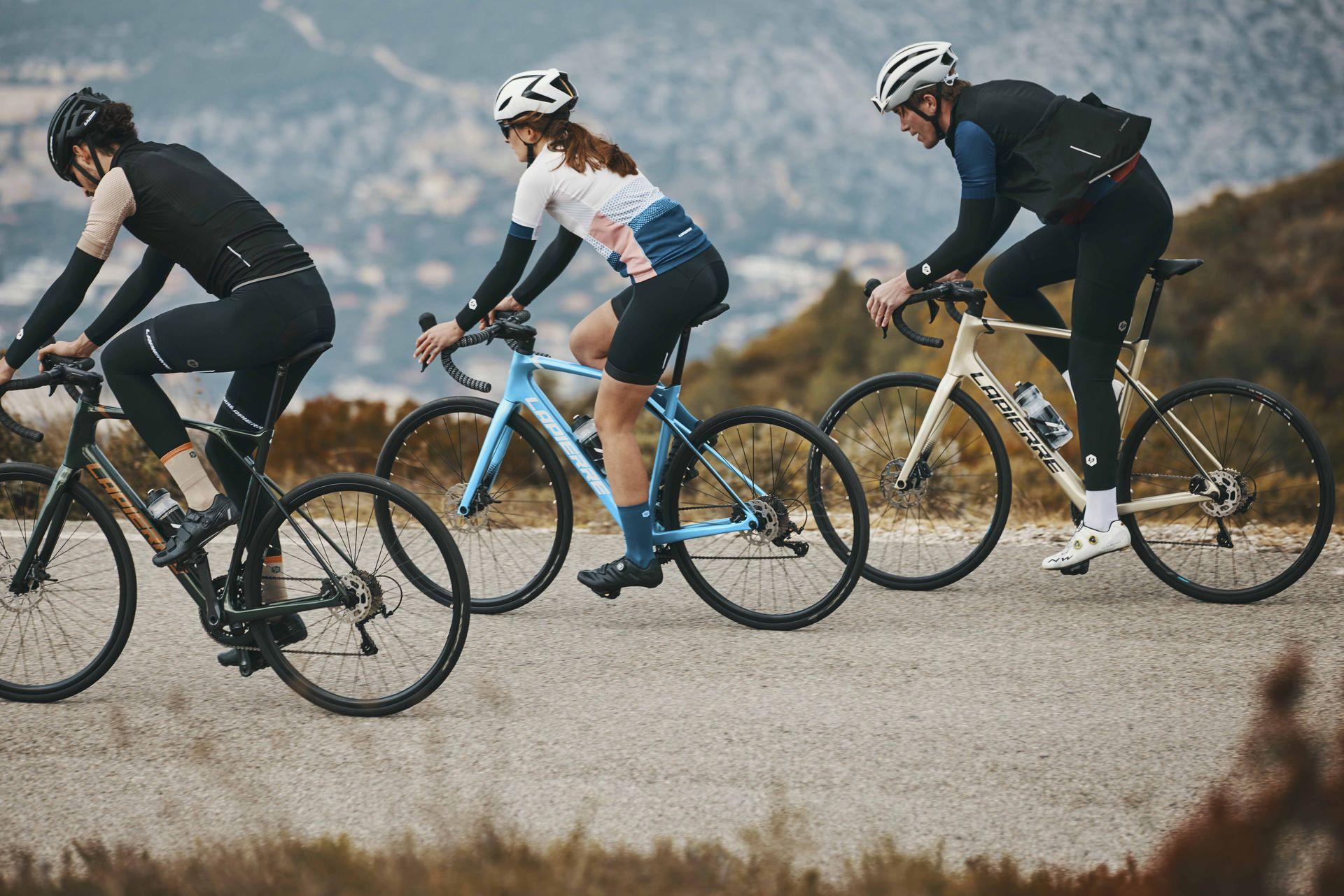 Les cyclistes en action sur le nouveau Lapierre Pulsium 2021