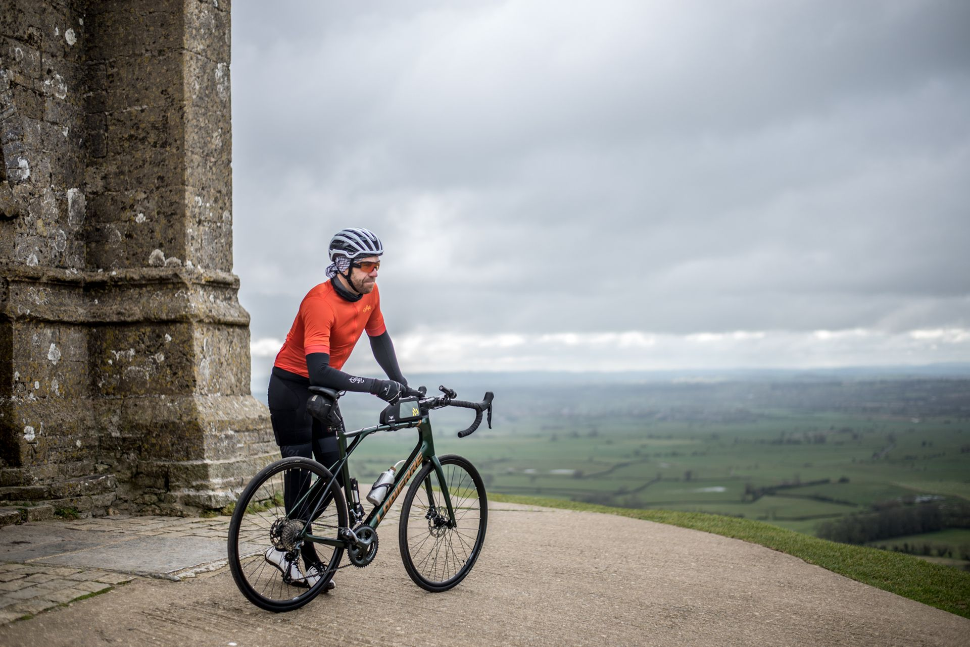 Man riding a Lapierre Pulsium 3.0 in Somerset