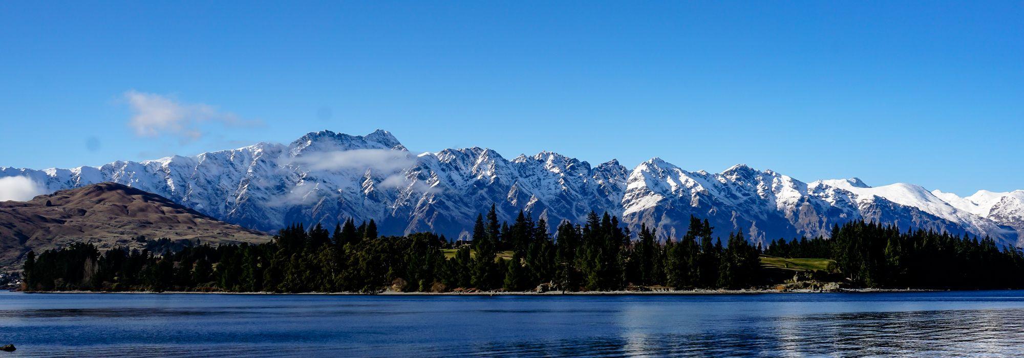 Lake Wakatipu view from Queenstown