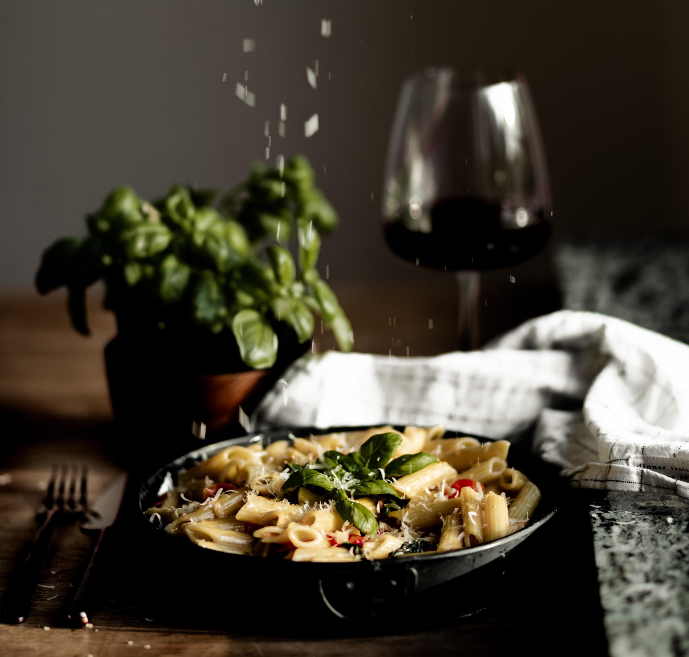 https://a.storyblok.com/f/105614/4324x4127/0980e4dcbb/pasta-rodvin.jpg