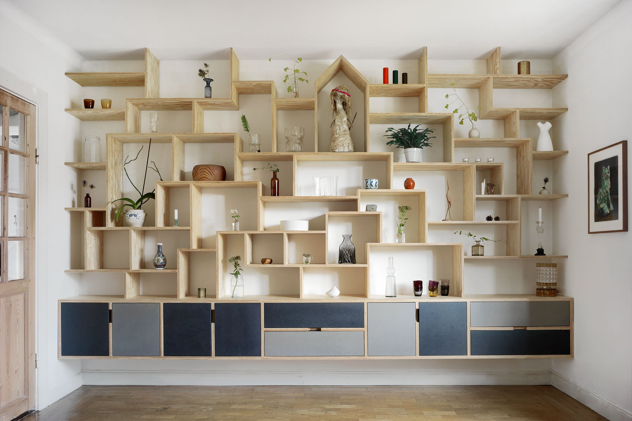 Bedow Bookshelf