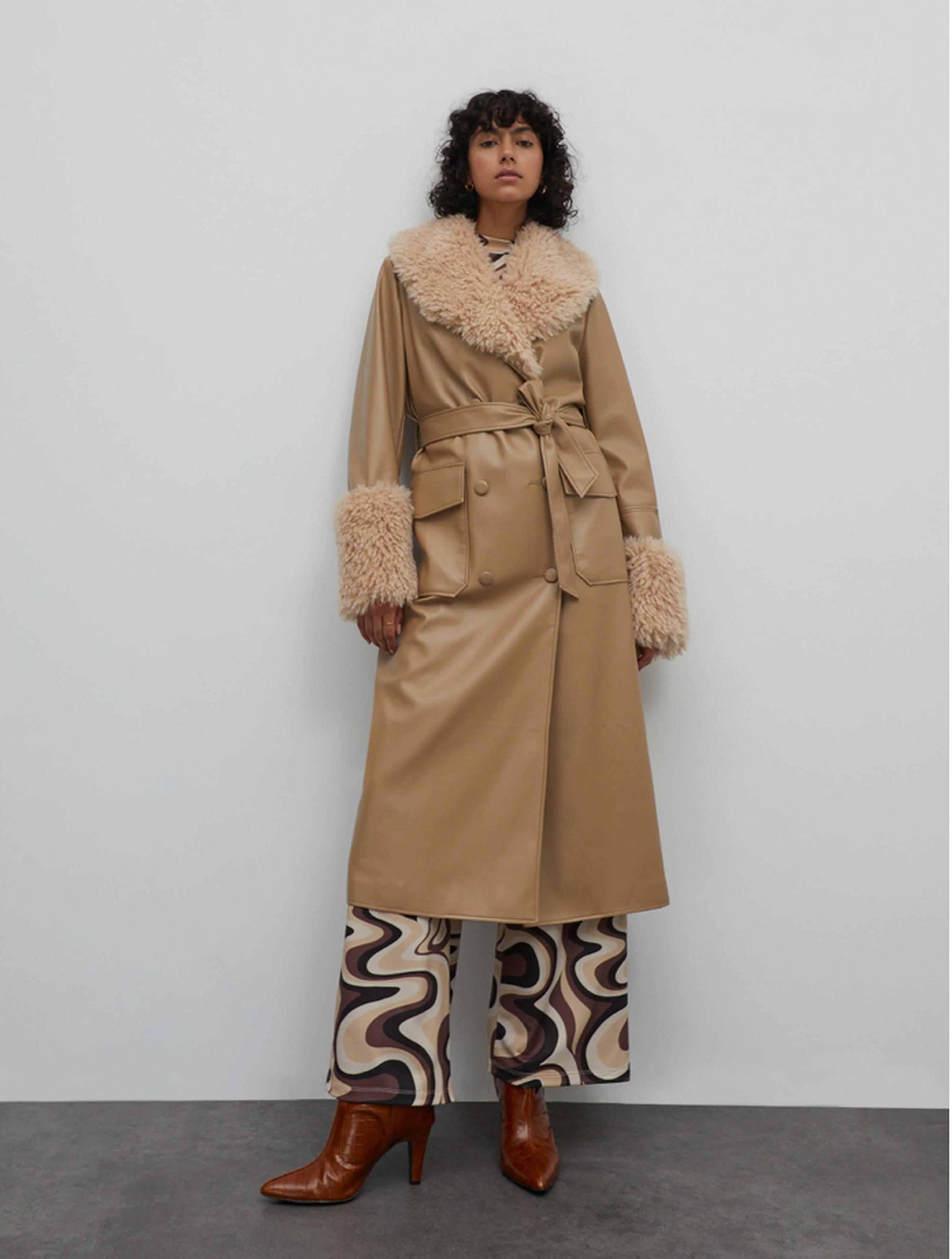 Mantel Amia