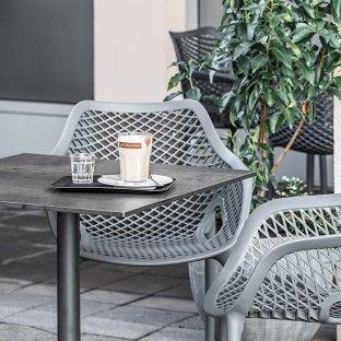 Outdoor-Tische