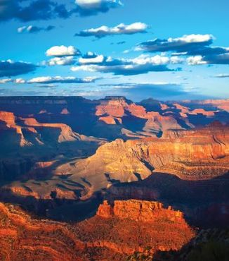 wide angle view of grand canyon in arizona