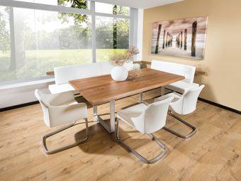 Eckbank Holz Metall Kombination mit Freischwingersessel