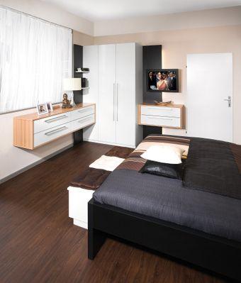 Schlafzimmer-Eckschrank mit einem TV-Paneel