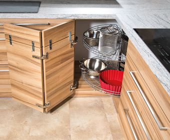 Küchen Dreh-Eckschrank mit Gitterkörben
