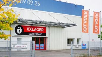 Eingang von XXLAGER in Berlin-Wittenau