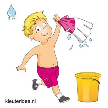 Waterspelletjes voor kleuters, kleuteridee, spel 4, t-shirt race