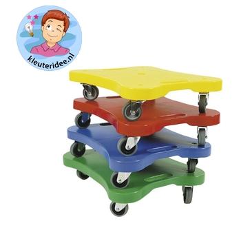 Gymles voor kleuters met rollerboards , kleuteridee