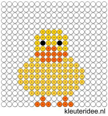 Kralenplank eend, kleuteridee.nl ,free printable Beads patterns preschool.