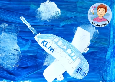 collage vliegtuig, kleuteridee, Kindergarten plane craft