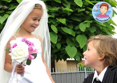 Kleuters maken een trouwreportage van elkaar 4, kleuteridee.nl, thema fotograaf, Kindergarten Photgrapher theme.
