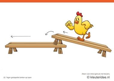 Bewegingskaarten kip voor kleuters 22, Tegen gestapelde banken op lopen , kleuteridee.nl , thema Lente, Movementcards for preschool, free printable.