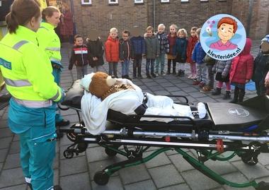 ambulance op school, kleuteridee