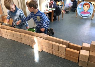 Riool bouwen in de bouwhoek 3, thema water, kleuteridee