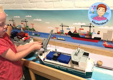 Thematafel de haven 10 , kleuteridee, kindergarten port theme with boats